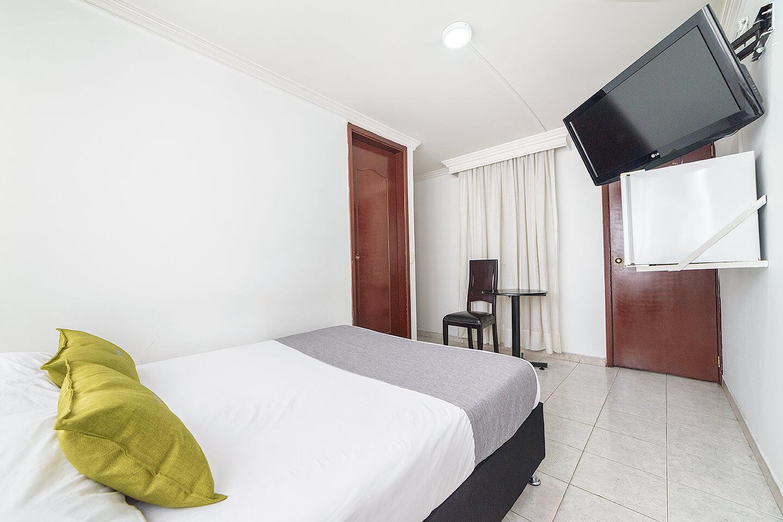 Ayenda 1030 Elegant Suites